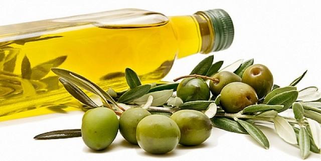 Kako da najbolje iskoristite prirodna ulja za čišćenje i negu kože