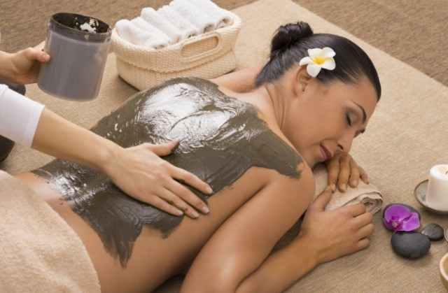 Čudesna glina,čisti vašu kožu i podmladjuje lice i telo